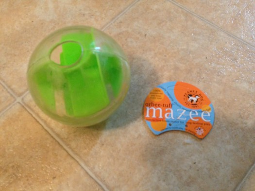 This is the orbee tuff mazee toy by Planet Dog