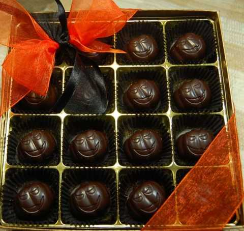 Hazelnut truffle pumpkins and are vegan! (photo from Rose City)